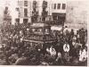 Año 1945. Crisyo Yacente bajo urna en calle Campanas